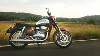 Stává se Jawa obětí vlastního úspěchu? Na dodávku nové motorky se čeká přes půl roku - anotační obrázek