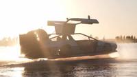 Unikátní ručně postavené vznášedlo ve stylu DeLorean DMC-12 z filmu Návrat do budoucnosti