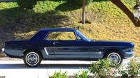 Ford Mustang s VIN 00002 je nejstarším vyrobeným předprodukčním kupé a druhým nejstarším předprodukčním Mustangem