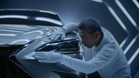 Scénář pro reklamní spot nového Lexusu ES vytvořila umělá inteligence