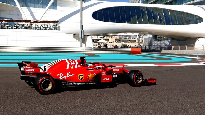 Sebastian Vettel v Abú Zabí
