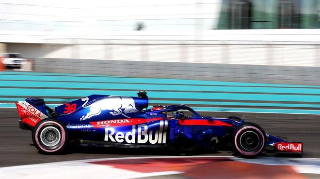 Toro Rosso v posledních testech roku 2018 v Abú Zabí