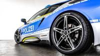 V rámci kampaně TUNE IT! SAFE! představila tuningová společnost AC Schnitzer policejní BMW i8