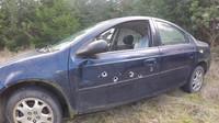 Auto jako úkryt před střelbou? Skutečnost, kterou vám ve filmu neukážou - anotační foto