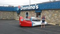 Unikátní doručovací vozítko Tritan A2 společnosti Domino's Pizza (Facebook/Milan Dragway Buy-Sell-Trade-Swap)