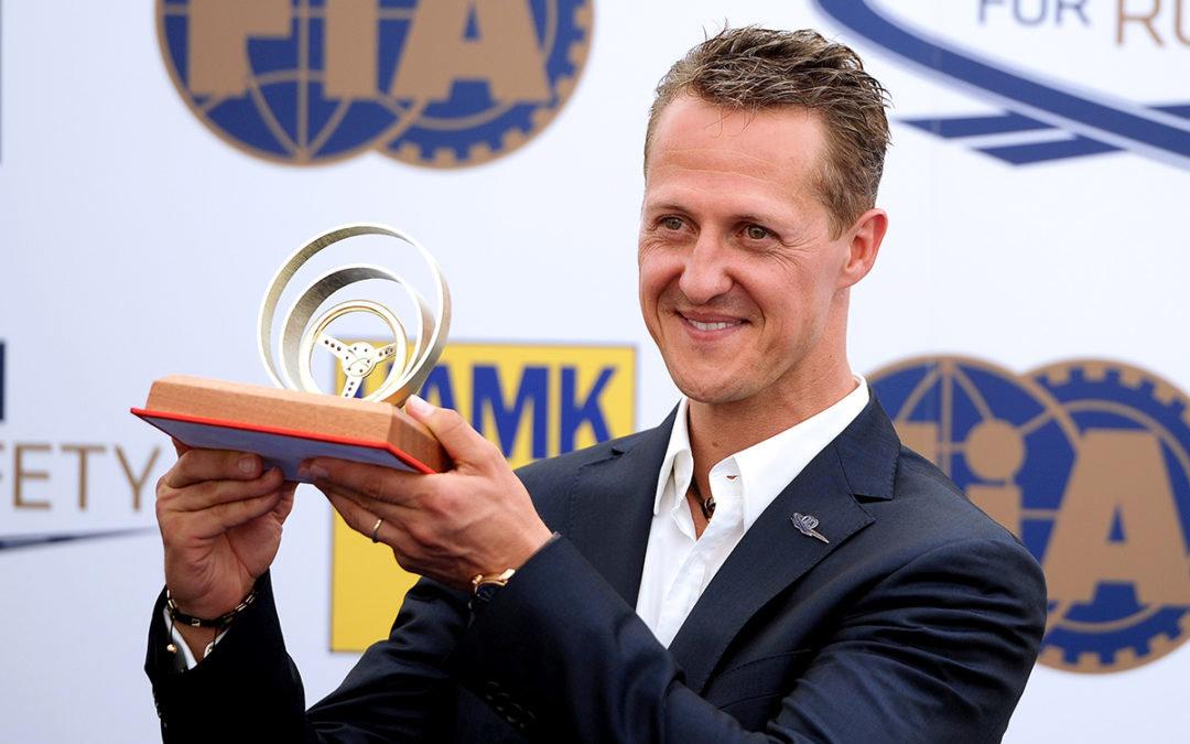 Michael Schumacher se zlatým volantem v roce 2012