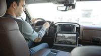 Systém Valeo XtraVue umí nechat zmizet karavan ve vašem zpětném zrcátku