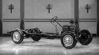 Video automobilky Chevrolet z 30. let vyzdvihuje důležitost navržení dostatečně pevného a odolného rámu