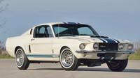 Shelby GT500 Super Snake z roku 1967 se stal nejdražším Mustangem světa