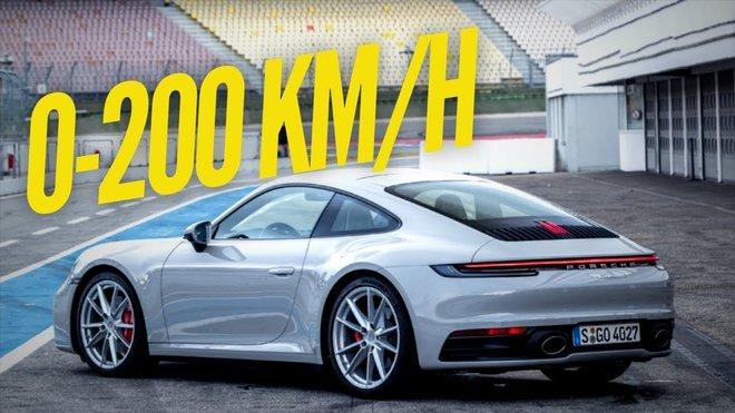 Nové Porsche 911 generace 992 Carrera S během akcelerace z 0 na 200 km/h