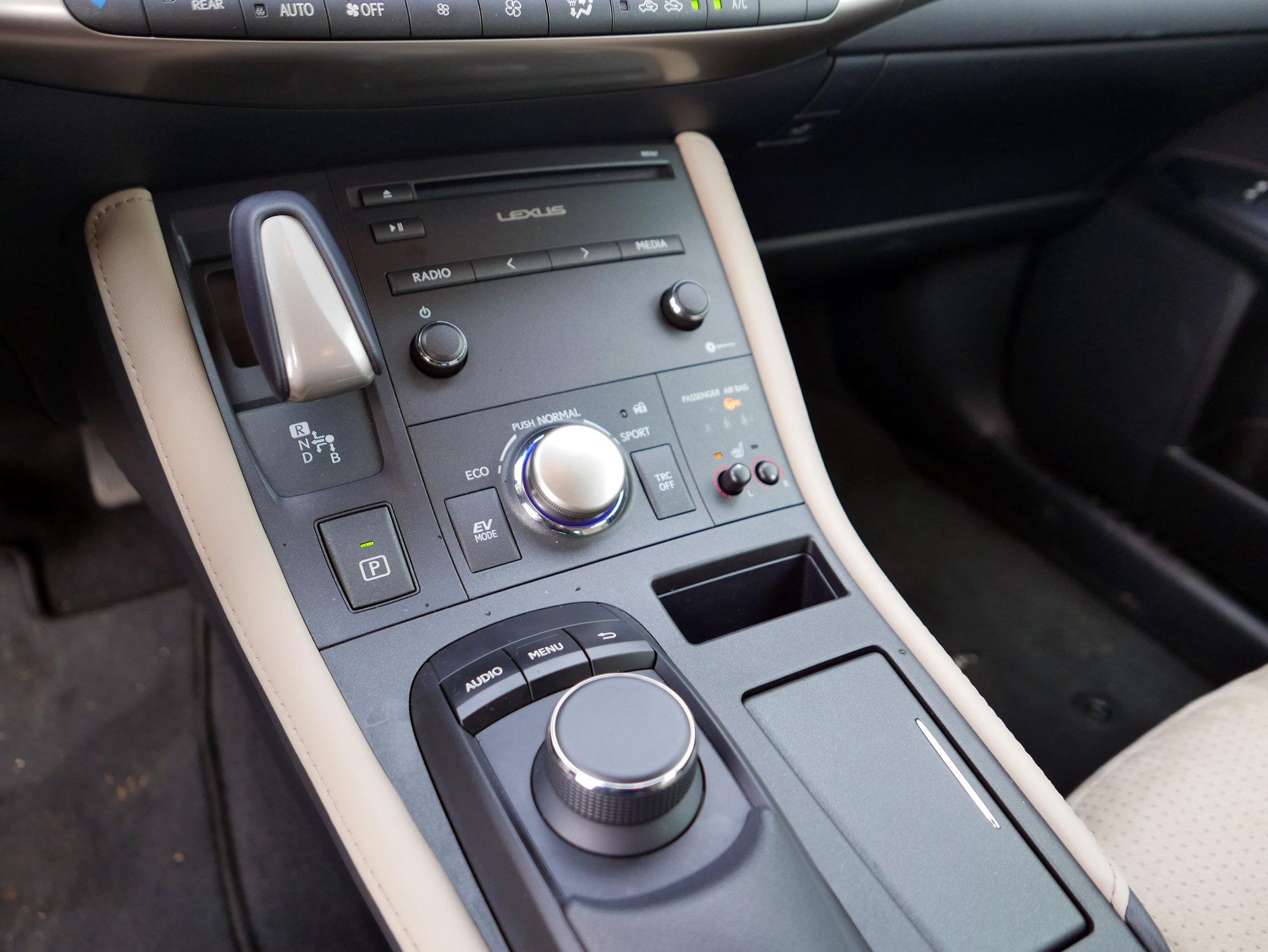Lexus CT200h Comfort Plus