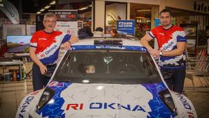 RI Okna Racing team vstoupí na Valašce do sezóny snovým vozem - anotační obrázek
