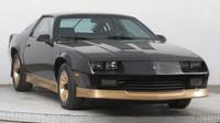 Chevrolet Camaro Z28 5.0 V8 s nájezdem pouze 53 000 mil nabízejí v Mototechně