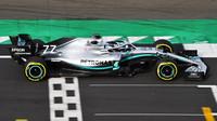 Valtteri Bottas poprvé v novém voze Mercedes F1 W10 EQ Power+ na trati v Silverstone