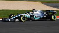 """""""Nejlepší první rande,"""" libuje si Hamilton po testu nového vozu + VIDEO - anotační obrázek"""