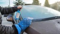 Jak účinně rozmrazit automobil? Možností je mnoho, stačí si jen vybrat - anotační obrázek