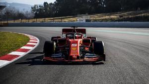 Živě: Sezóna 2019 začíná testování v Barceloně, 1. den nejrychlejší Vettel + FOTO - anotační obrázek