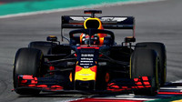 Max Verstappen v novém voze Red Bull RB15 - Honda při testech v Barceloně