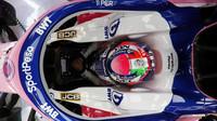 Sergio Pérez v novém voze Racing Point RP19 při testech v Barceloně