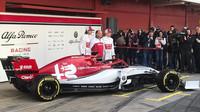 Alfa Romeo jako poslední ukazuje své auto pro sezónu 2019 + FOTO - anotační foto