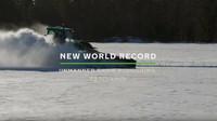 """Valtra T254 Versu během """"nejrychlejšího autonomního pluhování světa"""" (YouTube/Nokian Tyres)"""