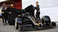 Haas představuje nový vůz VF-19 poprvé naživo + FOTO - anotační foto