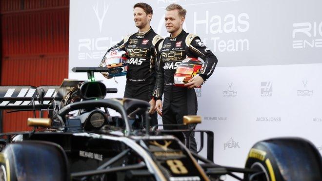 Oba piloti Haasu zůstávají