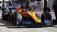 Druhý den testů v Barceloně stále bez Williamsu, opět nejrychlejší Ferrari před McLarenem - anotační foto