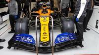 Carlos Sainz ve voze McLaren MCL34 - Renault při třetím dnu testů v Barceloně