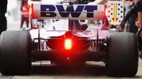 Sergio Pérez v novém voze Racing Point RP19 při třetím dnu testů v Barceloně