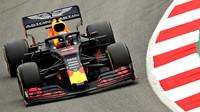 Max Verstappen v novém voze Red Bull RB15 - Honda při třetím dnu testů v Barceloně