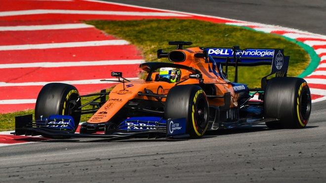 Lanco Norris s McLaren MCL34 v Barceloně
