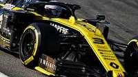 Daniel Ricciardo v rámci třetího dne druhých předsezonních testů v Barceloně
