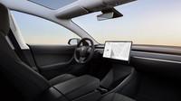 Interiér modelu Tesla Standard Range