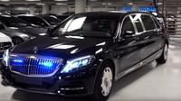 Unikátní prohlídka vozu Mercedes-Maybach S600 Pullman (YouTube/MercBenzKing)