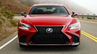 Lexus LS by se mohl stát prvním autonomním vozem v nabídce Lexusu