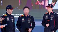 Pierre Gasly, Chrstian Horner a Max Verstappen v Melbourne