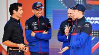 Mark Webber, Alexander Albon, Franz Tost a Daniil Kvjat v Melbourne
