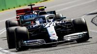 Valtteri Bottas obě Ferrari předčil