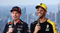 Max Verstappen a Daniel Ricciardo v Melbourne
