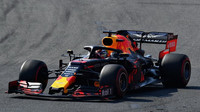 Max Verstappen v závodě v Melbourne