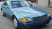 Ukradený Mercedes-Benz SL se podařilo najít po 27 letech. Najeto měl jen 1 900 km - anotační foto