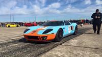 Brutálně upravený Ford GT dokázal dosáhnout rychlosti 300.4 MPH (Facebook/M2K Motorsports)