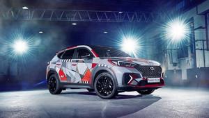 """Hyundai Tucson N """"Drive A Statement"""": Sportovně laděné SUV dostalo umělecký kabát - anotační obrázek"""