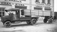 Zřejmě nejstarší dochovaná fotografie nákladního vozu TL 4 s logem automobilka Tatra