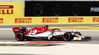 Kimi Räikkönen v kvalifikaci v Bahrajnu