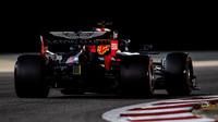 Verstappen poráží Hamiltona v souboji o nejrychlejší kolo - anotační obrázek