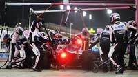 Lance Stroll v závodě v Bahrajnu