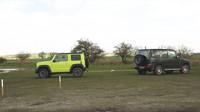 Souboj Suzuki Jimny a Mercedes-AMG G63 dopadl přesně dle očekávání (YouTube/CarWow)