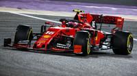 Charles Leclerc v závodě v Bahrajnu